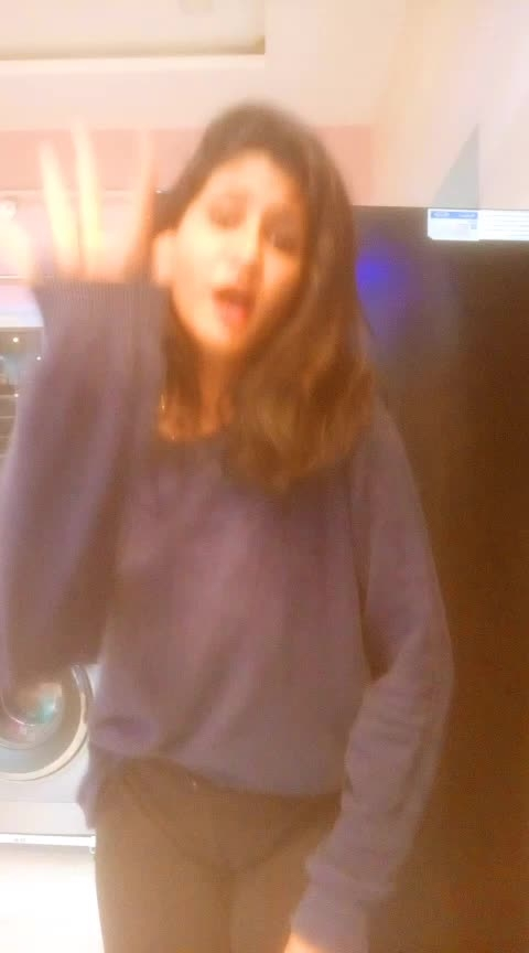 Dance #roposo #roposoers #luv-roposo #roposo-roposostar #roposoindia #roposo-god #luv-roposo #tranding #bloggerlove