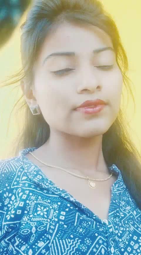 andham ammai aithe babuuu😍 #roposoness #roposo  #roposocamera  #like  #share  #telugu  #roposotelugu  #whatsapp-status  #whataappvideo  #repost  #dubsmash #ropo-share  #indian  #roposo-telugu