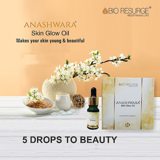 Anashwara Skin glow oil is a 5 drop miracle to a gorgeous you. Just apply 5 drops over your face and neck at bedtime to instantly notice a positive difference in your skin. Shop Now:  https://bit.ly/2Nmi3Pe | Amazon, Snapdeal, Flipkart, 1mg, NYKKA, Guardian pharmacy, paytm, eBay. #bioresurge #chemicalfreeskincare #pure #naturalsmile #ClearSkin #ayurveda #organic #fitness #life #fashion #girls #skincare #lifestyle #love #picoftheday #smile #beauty #healthy #naturalskincare #Mumbai #Delhi #Chennai #Kolkata #UttarPradesh #ncr