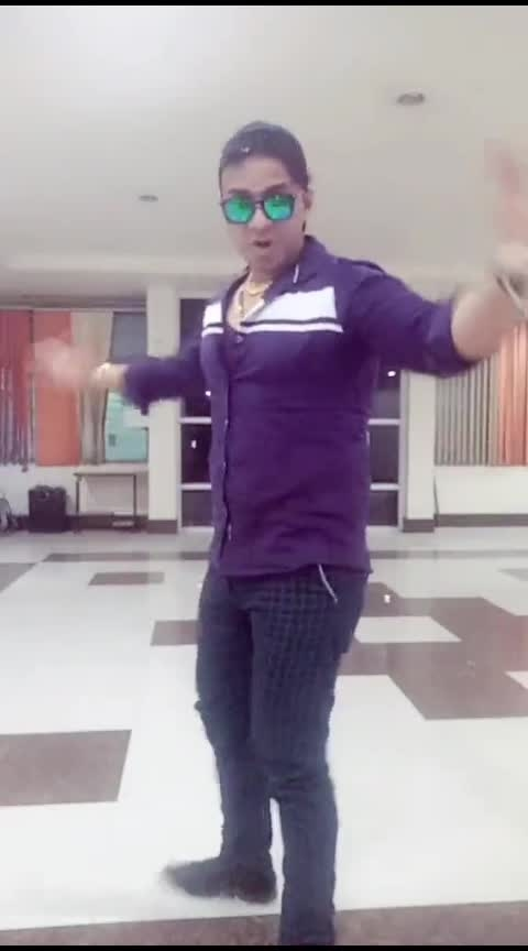 America dance Hamara dance👯👫😘😎😎😍😍😝😜