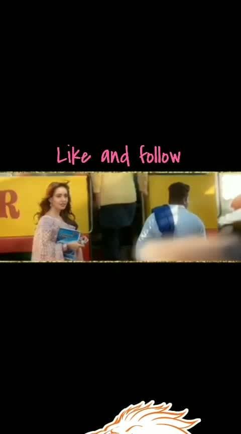#panjabisong#diljitdosanjh#love#song#bhangra#jat#jaat#calm#ghee#dhudta#milk#sirra#singh#maharaj#facebook#followme#views#like