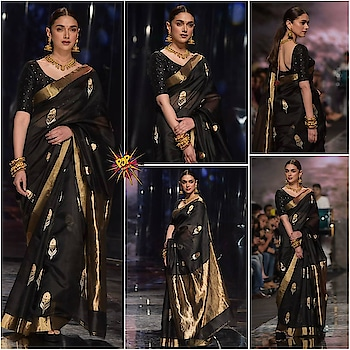 #AditiRaoHydari rocking a #handloom #saree at the #FDCI presents #LMIFW2019