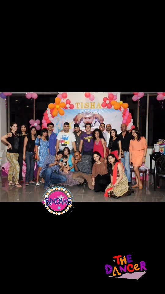 Gifts of life #friends #salsa #familia .. #whatslifewithoutfriends #actressstyle #roposo-heart__touching #bindaas #thedancer