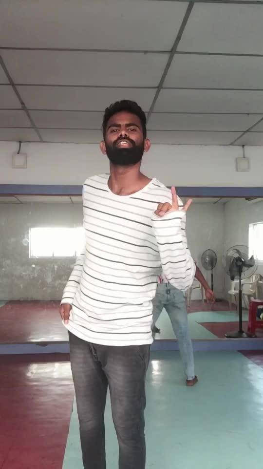 #1234getonthedancefloor #roposo-dancer #roposo-dance #roposo-style #roposo-tamil #risingstar #tamilsongs #manibhai #cbe #coimbatore
