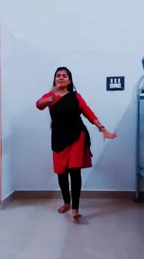 #classical #classicaldance #classicaldancer #tamilsong #tamilsongs #tamilsongstatus #lovesong #love #roposo-lovesongs #arr #arrahman #arrahmanmusic #arrahmanhits