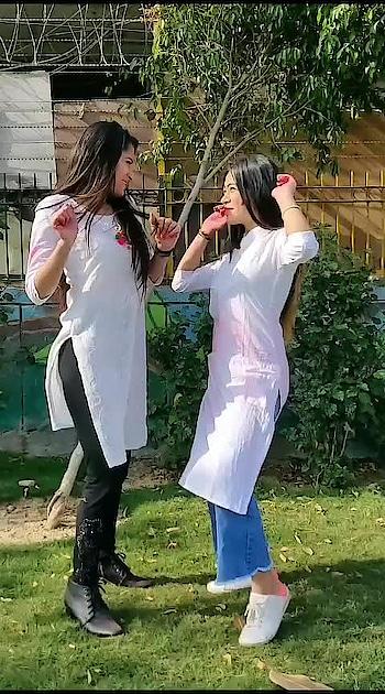 #happyholi #holioutfits #happyholi2019  #holispecial  #balampichkari  #featuredvideo  #risingstaronroposo  #dramebaaz