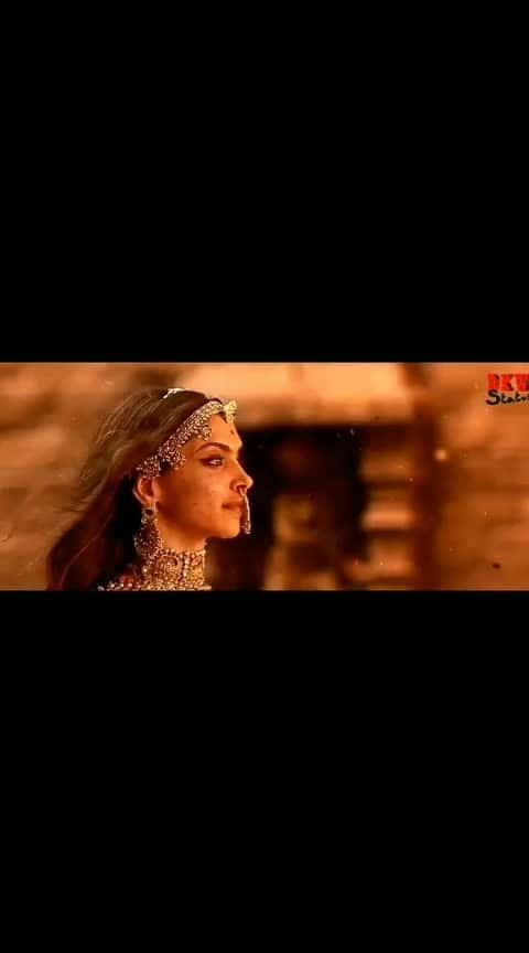 our honourable Queen....Rani padmavati sa.. jauhar scene...🙏🙏🚩🚩🚩🚩#padmavati #deepika-padukone #ranisaa #jauhar #goodnightpost #happyholi