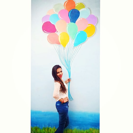 Let the worst part fly away just like balloons. Release them to the sky without regrets. 🎈
