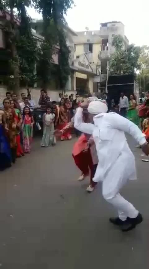 I bet you can't dance like this 60 year old person. #dance  #love  #roposo #roposo-dance #roposoers