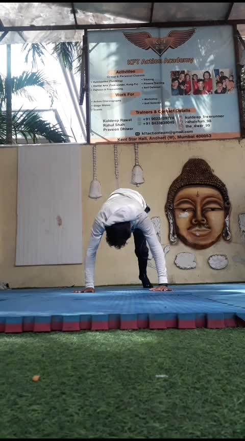 #handstand #strength #bboy #danceindia #mumbai #fitnessfreak #roposo @roposocontests @roposotutorial @roposotalks
