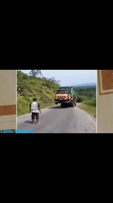 #todaytrending #roposo-wow #roposo-haha #haha-tv #roposotv #caputred #amazing #funny  #caraccessories #caraccident #accidents