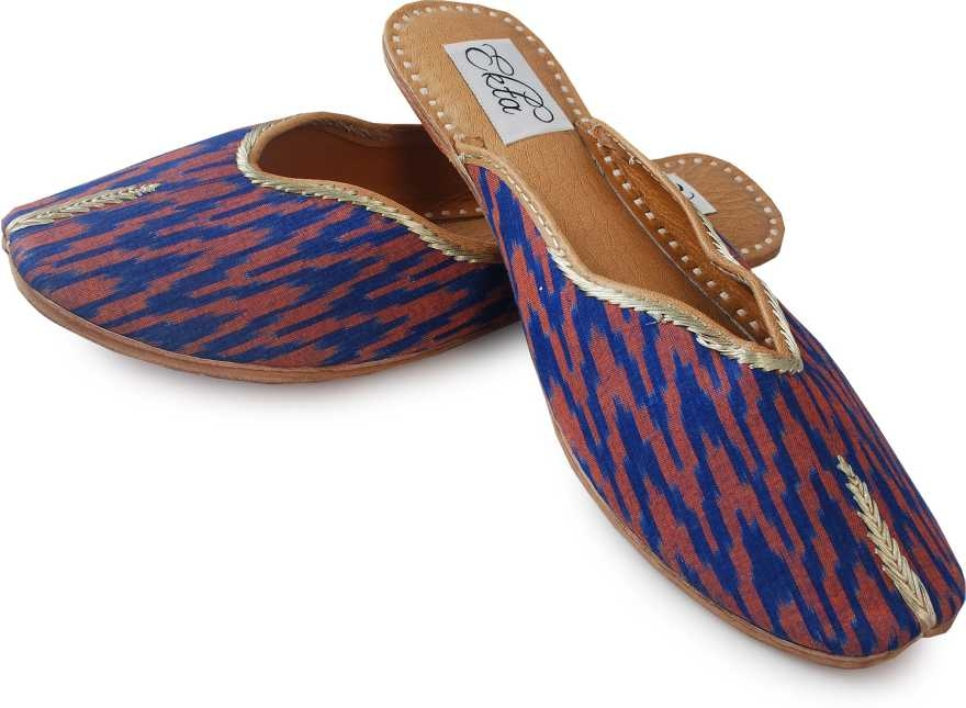 """juttis :- Featuring an ikat pattern, a pure cotton upper, and a cushioned inner sole, these back-open handcrafted juttis redefine casual footwear.Inspired from the waves, """"Leherein"""" in hindi,The blurriness of the ikat zig-zag pattern is a result of the extreme difficulty the weaver has lining up the dyed yarns so that the pattern comes out perfectly in the finished cloth  BUY NOW- https://amzn.to/2TjvAZ3"""