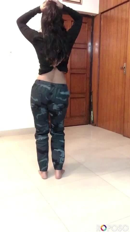 Proper Patola  Nakhra-e-swag 😎🔥 #dance #bellydance #roposo #roposostars #roposobeats #roposo_beats #roposo-star #risingstar