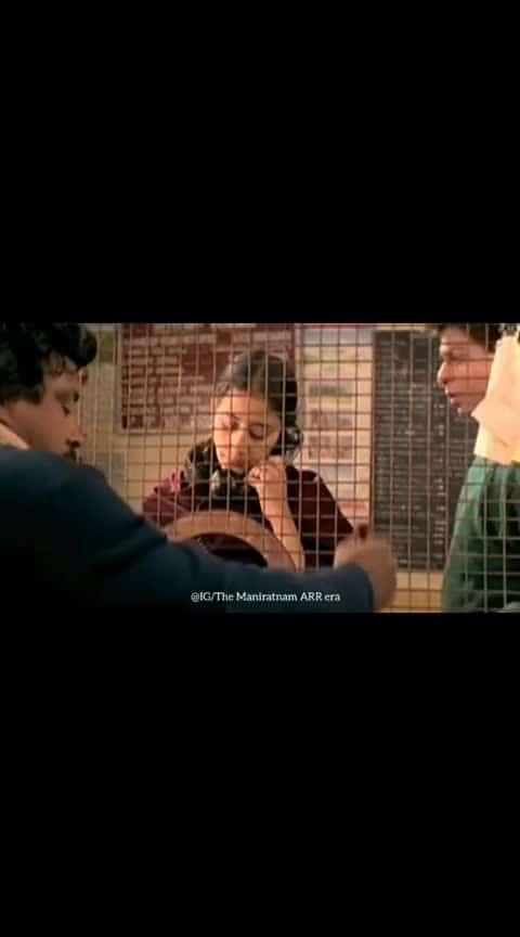 #sharukhkhan #manishakoirala love scene...