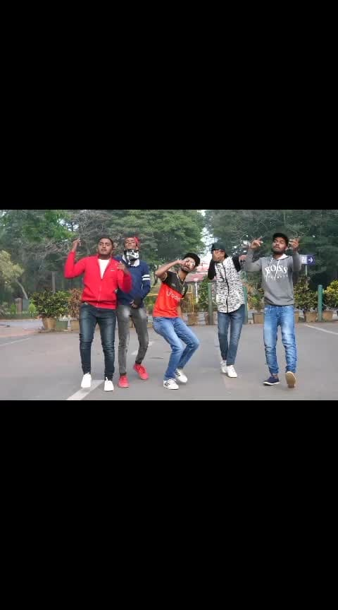 "RCB ANTHEM-""ROYAL KANNADIGA""-M G KANNADIGA #rcb #rcbians #eesalacupnambde #bangalore #karnataka #rap #kannadarapper #kannadarapper #rcbforlife #rcbians #royalchallengersbangalore #royalchallengers #beaing-rcbian #esalacupnamde"
