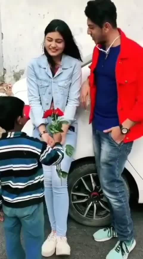 #beats  #trendingchannel #roposoness #love #red-rose #smile