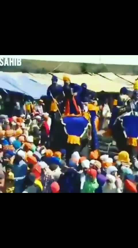 🙏 Hole Mohalle Te Holi Diyaan Lakh Lakh Mobarkan G.. 🙏Dhan Dasmesh Pita Guru Gobind Singh G MAHARAJ.🙏 IK Var Waheguru Lekhi G 🙏 #sardari #punjabi #punjab #dhansrigurugranthsahibji #simran #pride #bani #waheguru #sardar #sikhtemple #culture #khalsazindabaad #goldentemple #god #sikhiworldwide #instagurbani #gurbaniworld #religion #turban #turbanking #dastar #truth #sikhart #gurunanakdevji #harmindersahib #sikhartist #sikh #sikhism #sikhismੴ