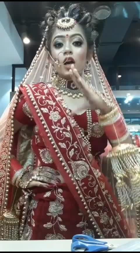 sun sohneyaa❤️ #risingstars  #risingstaronroposo #featureme  #khadi #wedding-bride #dhulan  #bridal