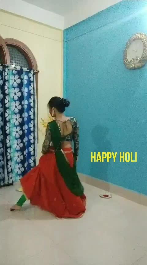 #happyholi #ropo-holi #holi #holihai2019 #roposostar #risingstar #ritika #arejaahatt #dance_mania