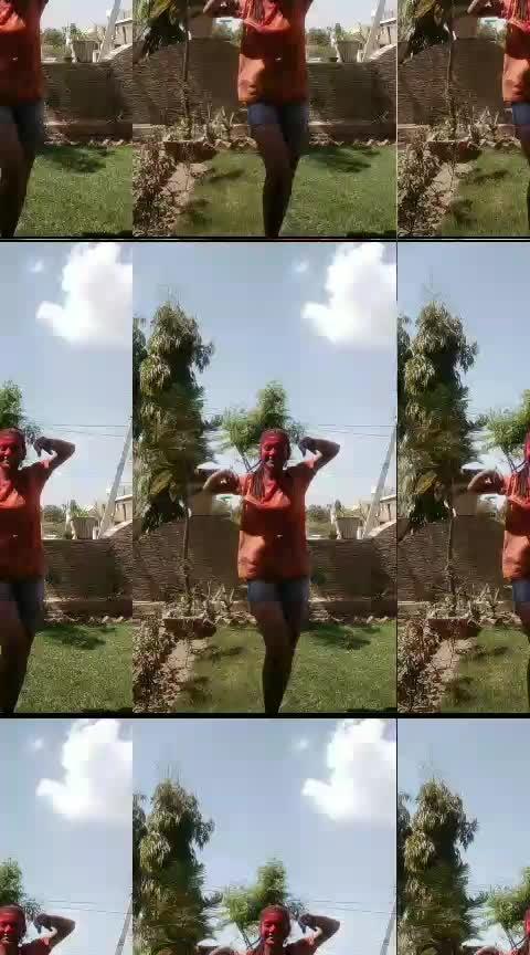Happppy Holiiii everyone 🌸 #roposo-dance #roposo-dancers #roposo-beats #roposo-star #holi #artist #roposo-music