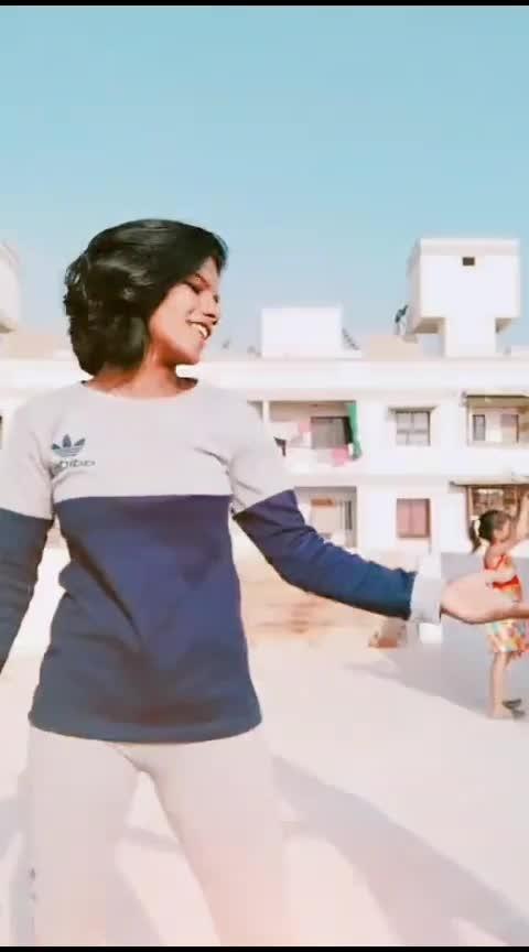 #mahebuba #gujjukisena  #gujjugirl  #danceindia  #foryoupage  #countonme  #roposo #roposoindia #bffgoals