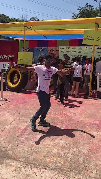 #happyholi #holicelebrations #trick #tricking #kicks #martialarts #roposo #roposoness @roposocontests