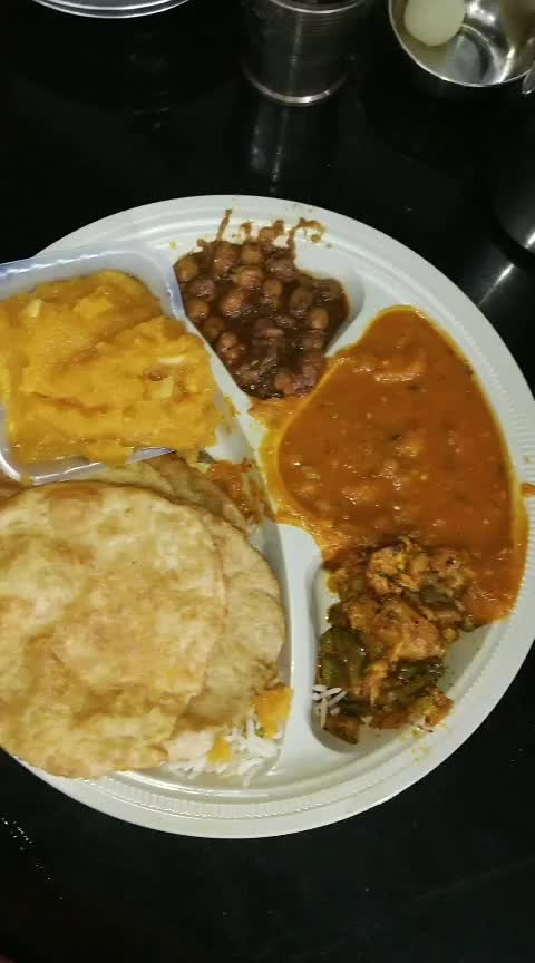 Happy Holi❤ #hungry #hungryalways #hungrytv #hungryme #roposo-food #foodaddict