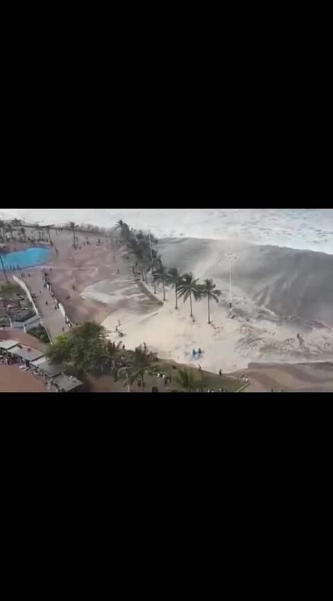 Durban beach closed due to high waves DRAMATIC AER