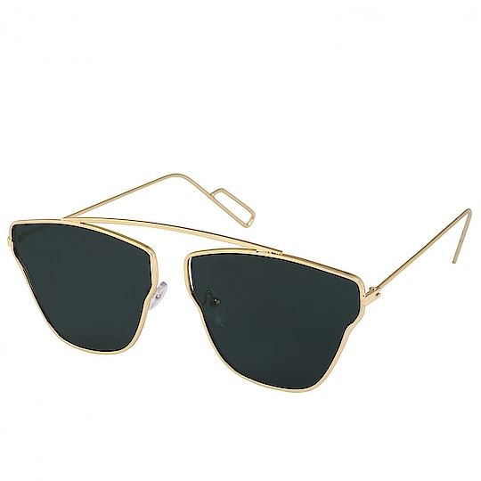 Jazz Style Golden Frame Black Lens Unisex Wayfarer Sunglasses ₹299 Features Material : Polycarbonate Ideal For : Unisex Facility : Polarized Shape : Oval Usage : Style Pack Of : 1 Frame Color : Golden