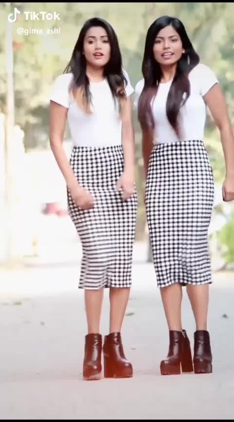 southern👌dabce😍by💪famous tiktok girls #parmish  #anveshijain  #avneetkaur  #manjullkhattar  #jassmanak  #jassigill  #nimratkhaira  #tiktok_india