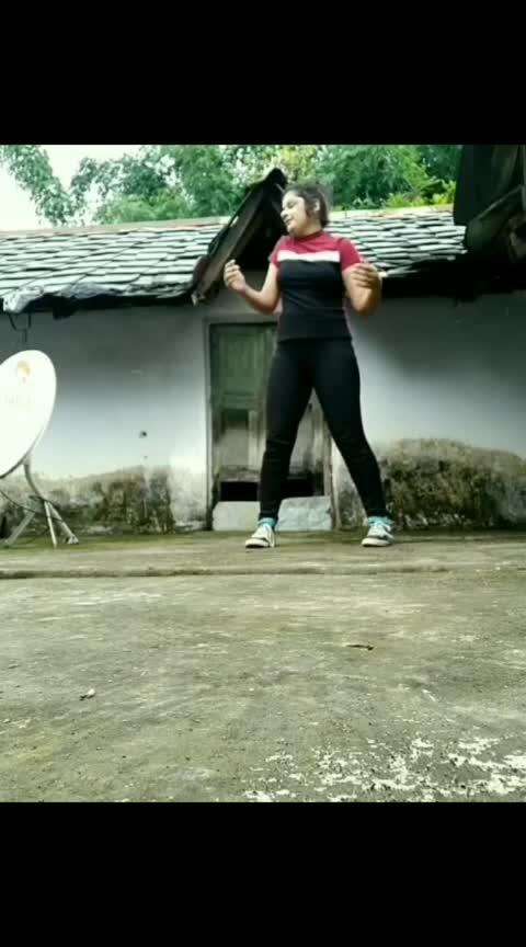 shuffling my way to the mountains.  #shuffledance #shuffle #shufflemove #shuffled #dance #footwork #mountains