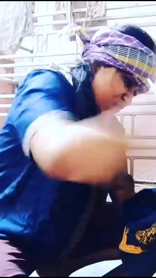 Isko Jila ghosit kyu ni kr dete! 😐👅  #hahatv #roposostars #roposocomedy #featurethis #funnyvideos #ropsoindia