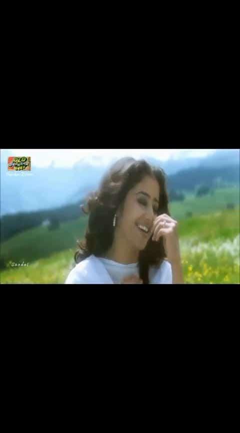 Dil ka aana hy hy... #lovesong #ajay_devgan #manishakoirala #superhits #mostbeautifulmomment  #lovesong #statussong  #filmysthan #latest #filmykeeda #hotandsexy #acting  #actorslifestyle  #actor_life #bollywood