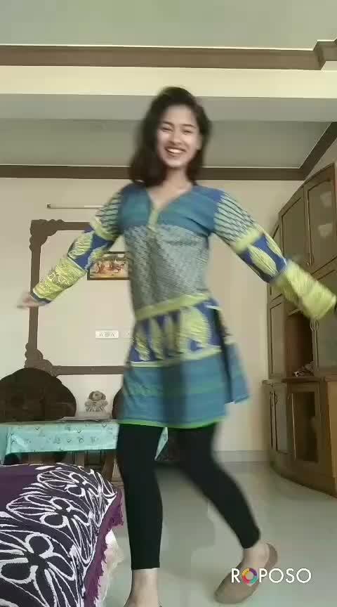my favorite song 😍 #dhunlagi #gujratisong #gujju #gujratilove #roposo-dancer #dancerslife @roposocontests