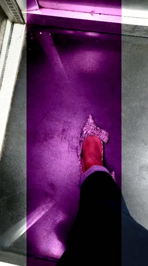 Slingbacks #zara #zaraindia #slingback #heels #shoeaddict #heelslove #shopaholic #workwear #soroposo #roposolove #agirlslife #worklife #kittenheels