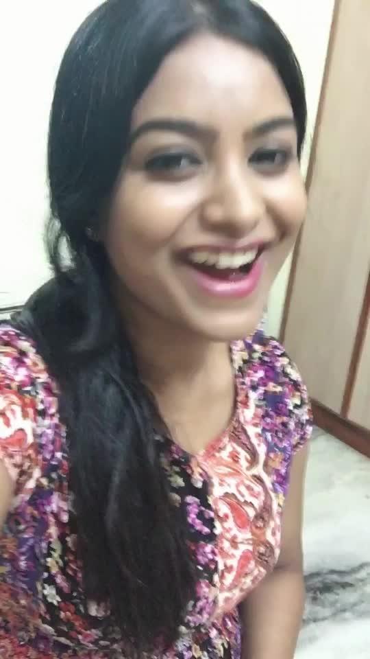 This lyrics are like #heartthrobe #love #nani #thomas #melody #roposo #actress #sharanyajanjam