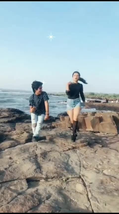 bollywood song🌐 acting in beech#