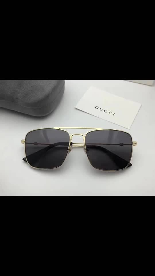 NEW GUCCI IN STOCK.. SAME STORE ARTICLE..  HIGH QUALITY.. UV PROTECTED GLASSES.. BRAND MENTION ON STICK..  WID ORIGINAL BRAND BOX.. PRICE@1600/- + shipping ... 😎😎😎😎😎😎😎😎