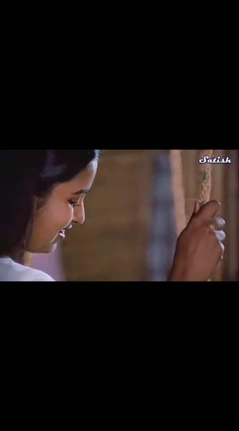 swathymuthyan  #roposo #swathymuthyam #roposo-beats #tollywood #movietime #mast_song #oldtelugu #telugulove
