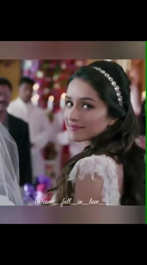Jaise Banjare ko ghar ❤❤❤#ek_villain #sidharthmalhotra #shraddhakapoor#sidmalhotra #shraddhakapoor  #hearttouching #song #bgm #music #purelove #bollywood #musiclovers#fallinlove . #trendeing #roposo-wow #roposo-beats #filmistaan