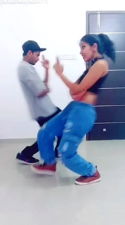 Duet Dance❤️ #danceduo #duetdance #coupledance #bollywooddance #roposo-bollywood #coupldance #bffgoals #bfflove #bff #bollywoodbeats