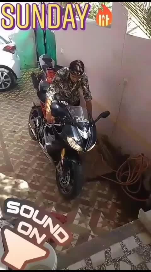 Triumph Daytona 675r  #triumph #triumph_india #triumphdaytona #daytona #bike #bikes #biker #bikergang #bikelife #bikestagram #biking #bikerider #bikestunts #bikers #bikeride #bikelover #bikelove #bikelovers #bikeracing #motorcycle #roposo #roposoness #superbikes #sbk #motorbike #motorcycles