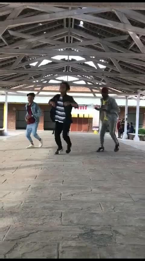 Naina ka da kya Kasoor #blooper #dance #roposo-dance #amittrivedi