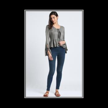 Shopping Rule #1 Grab it now! Tomorrow it might be gone forever... #mossgreenshortshrug . . . . #trendarrest #trending #trendfollowers #outfits #clothingbrand #onlinestore #womens #westernwear #shrug #short #cute #bellsleeves #ruffles #mossgreen #colour #instalike #instafollows #followforfollow #likeforlikes #models #fashion #fashionworld #fashionista #fashionnova #positivevibes #tuesday #postoftheday