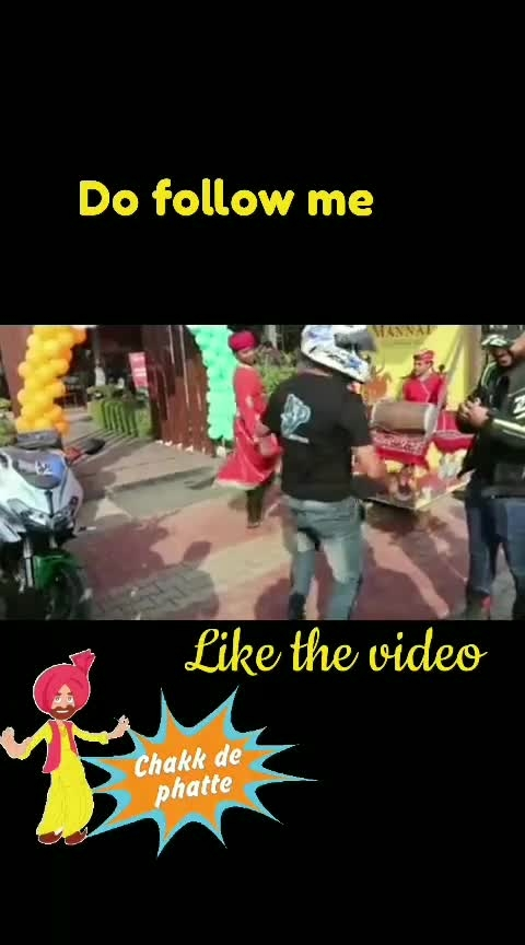 #delhiguy #jaipurlove #punjabisong #helmet-comedy #roposo-comedy #roposo-fun #dholbeats #sbk