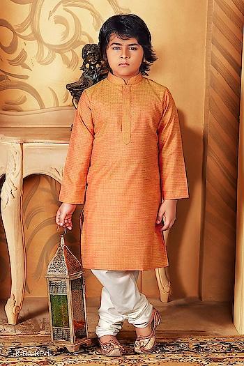 #kidskurtapayjama #kurtapajama #punjabi #kurta #sardar #indianstyle #sardari  #kurta #indianstore #punjab  #photography #indianwedding #style #fashion #follow  #dress #mensfashion #orangecolours #instagood #ethnicwear  #kidskurta #indianfashion  To Know more Details please whatsapp on  +919820936178