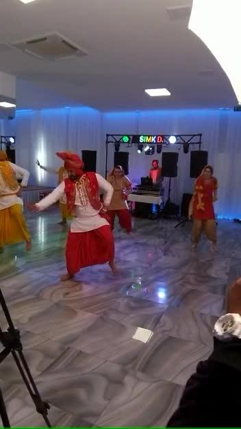 #bhangra #bhangratime #bhangrashow #italy #birthday #birthdaycelebration
