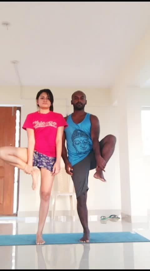 Dancing Tree Practice  . . . . #balance #balancepose #yogafun #yogaeveryday #yogalove #yogafit #yogacrazy #yoga4roposo #yogalife