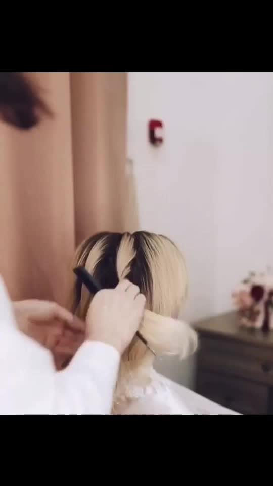 #hair #hairstyleoftheday #hairstyleing #hairstylediaries #hair-stories #makeup #love #fashion #blog #roposo-good #roposo #followme