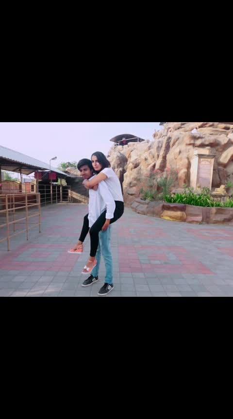 💟💟💟💟 #roposo #selfiemoment #capture #capturedchannel #roposoers #roposopics #roposopink #roposo-family #familytime #brosislove #brosisbond #brosistime #capturing #candidshot #women-fashion #befashioable #ootd #ootdroposo #ootdfashion #ahmedabad #vaishnodevi #roposo_girl